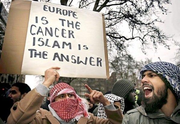https://albertjack.com/wp-content/uploads/2017/09/islam-europe.jpg