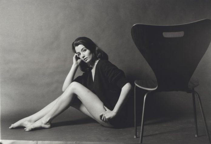 christine keeler sixties icon dies aged 75. Black Bedroom Furniture Sets. Home Design Ideas